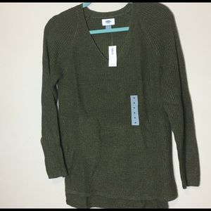 Old Navy green high low v-neck sweater medium